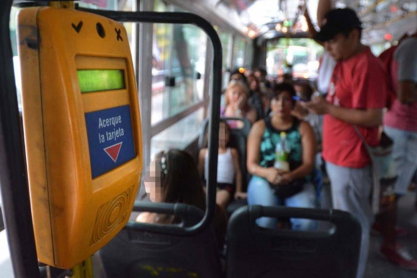 El pasaje en colectivo cuesta $ 18,00 en el Gran Mendoza