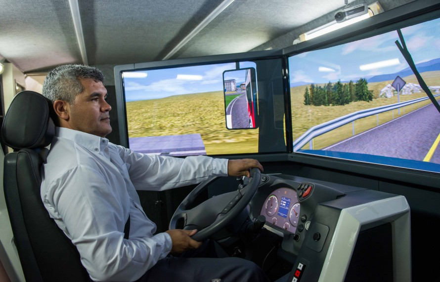 Autam incorporó un simulador móvil de conducción